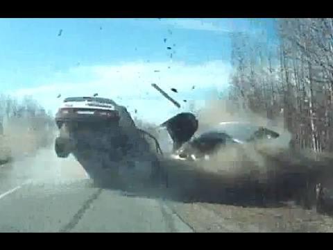 Wypadki nagrane przez kamerki samochodowe [ZDJĘCIA]
