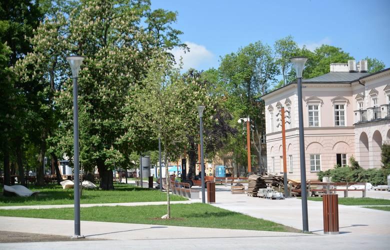 Plac Litewski po remoncie.