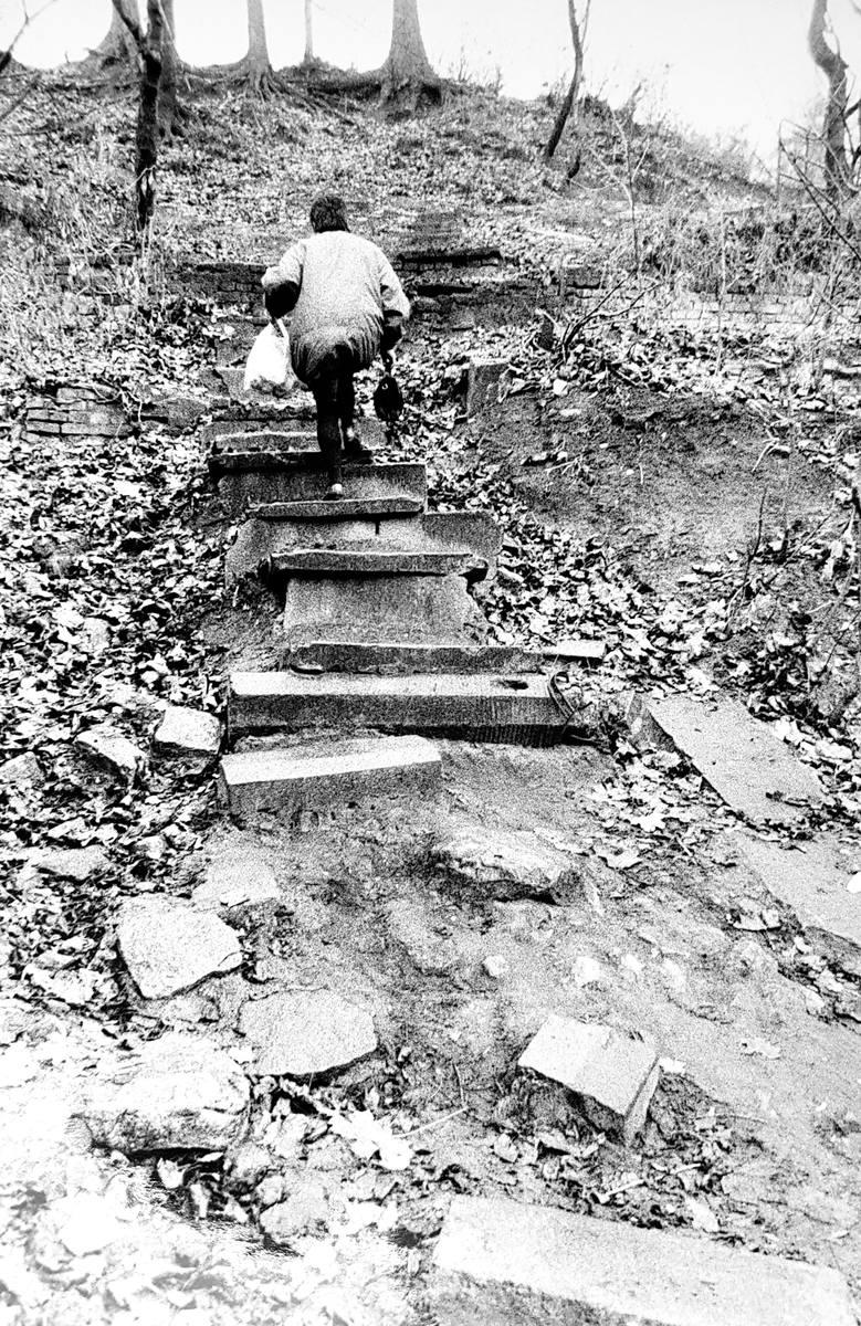 Spacer bydgoskimi schodami. Podróż w czasie na starych zdjęciach