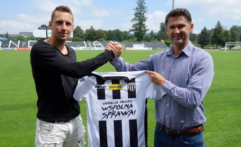 Michal Piter-Bučko przedłużył umowę o rok
