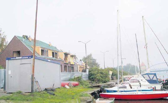Budynek Klubu Albatros powstaje w ramach kolejnego etapu budowy mariny. Żeglarze będą mieli do dyspozycji zaplecze socjalne, znajdą się tu pomieszczenia