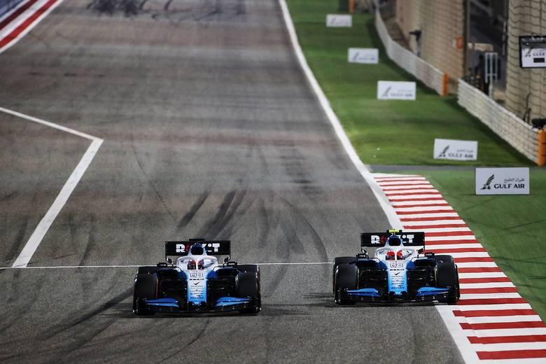 Robert Kubica i George Russell zajęli w niedzielę ostatnie miejsca w wyścigu Formuły 1 o Grand Prix Bahrajnu - odpowiednio - 16. i 15.