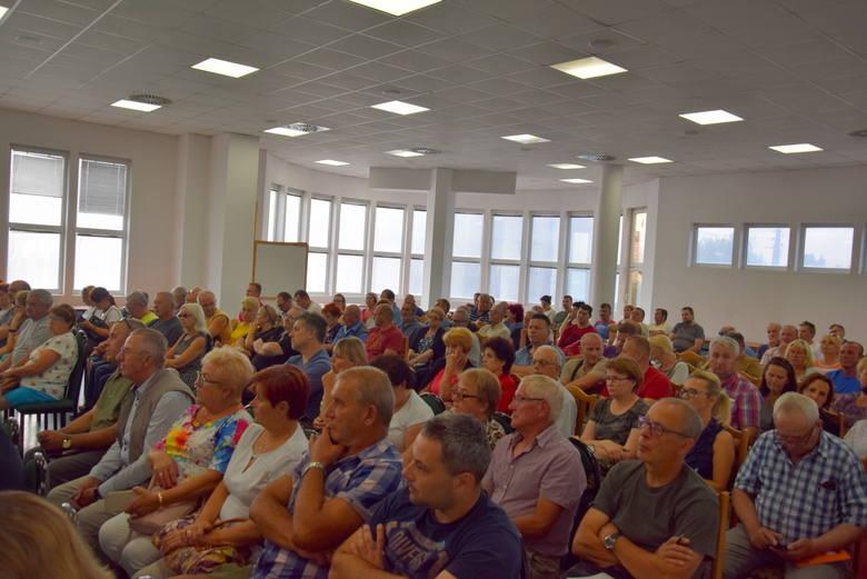 Spotkanie z mieszkańcami w sprawie zwiększania udziału OZE w wytwarzaniu energii na terenie Skierniewic [ZDJĘCIA]