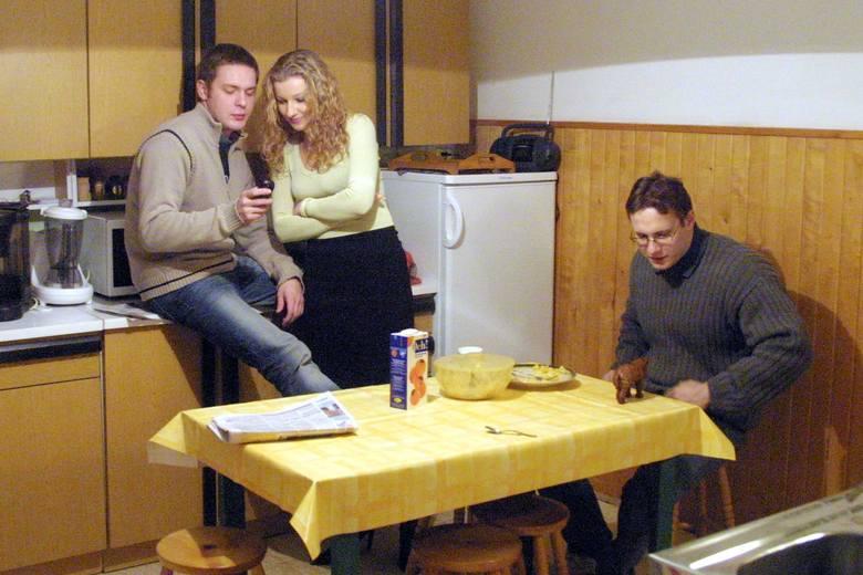 Kuchnia, mimo że prosta i bez zbędnych detali upiększających, to ulubione miejsce spotkań dzieci.