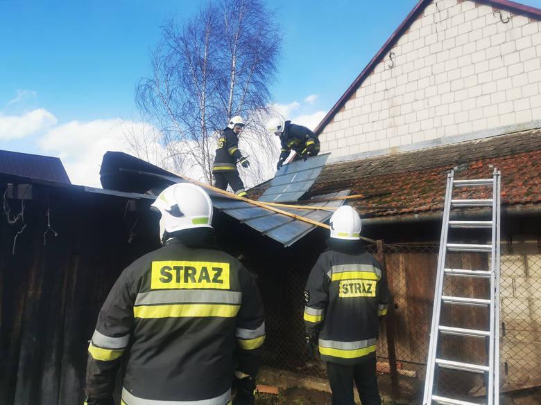 Pracowity dzień mają za sobą strażacy PSP i OSP z terenu powiatu przeworskiego. Jednostki do zdarzeń wyjeżdżały 75 razy (stan na godzinę 18:00). W 37