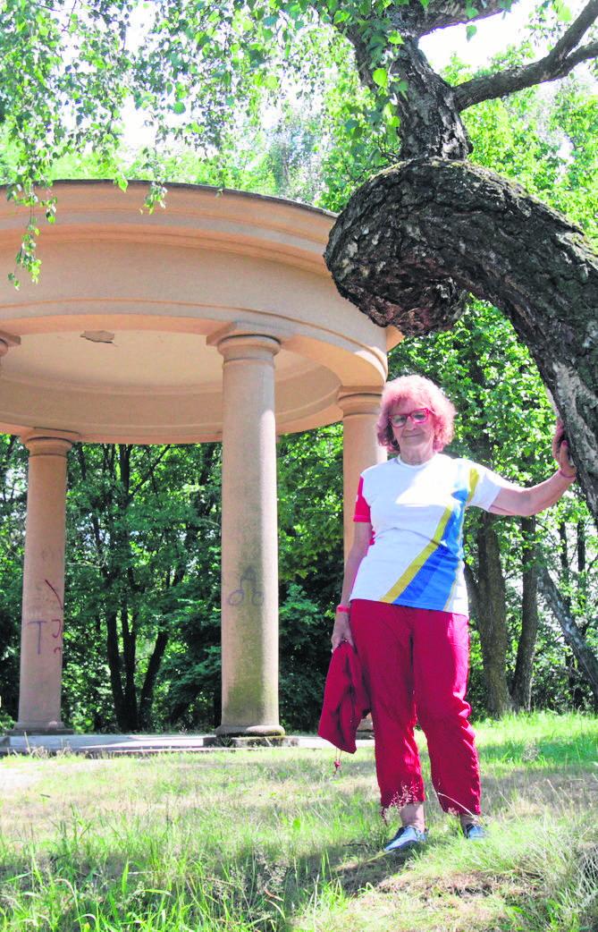 Emilia Bielak z Siemianowic Śl. kiedyś sadziła tu drzewka