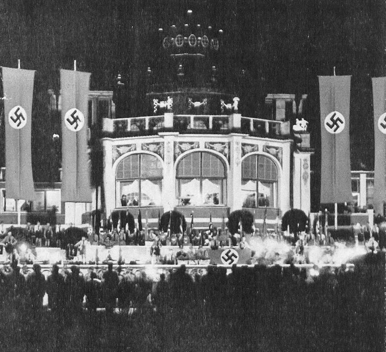 Ogród przez domem zdrojowym nocą (sierpień 1939 roku)