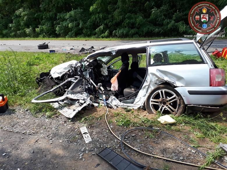 Tragiczny wypadek na drodze powiatowej w Kozłowicach koło Gorzowa Śląskiego.