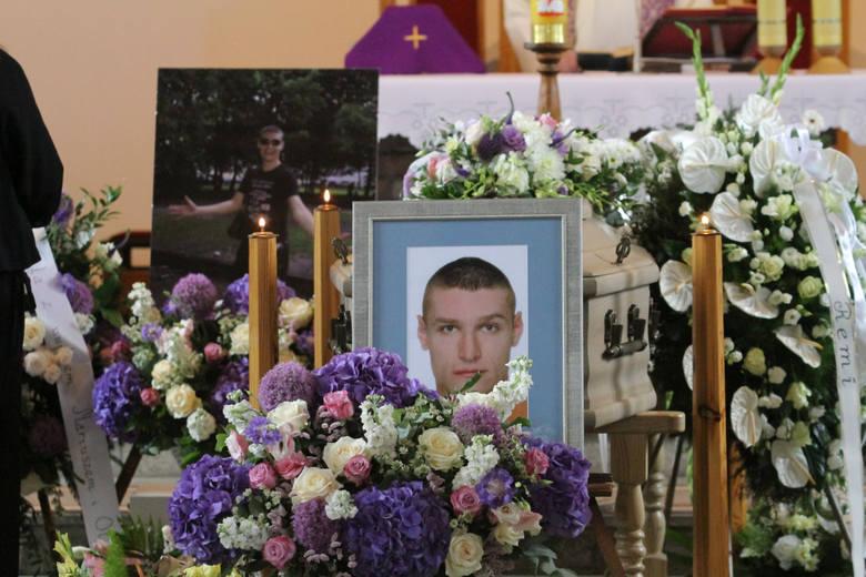 Tajemnica nagrania z tortur Igora Stachowiaka. Prokuratura szykuje umorzenie śledztwa?