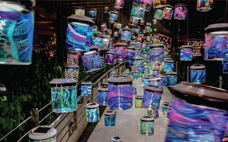 """""""Rainbow Connection"""" singapurskiej artystki Yun. Instalację w ramach Bella Skyway 2019 będzie można oglądać w Hotelu Bulwar."""