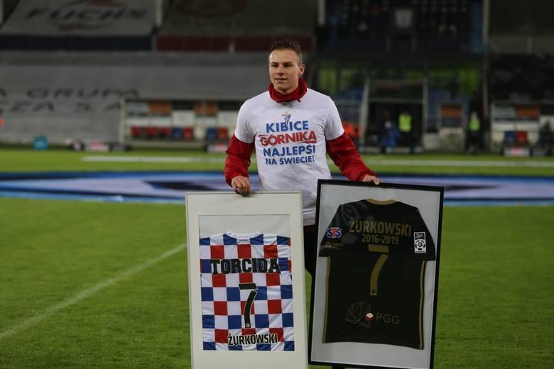 Sezon 2018/19 dopiero co się zakończył, a z klubami Ekstraklasy już pożegnało się kilkudziesięciu piłkarzy. Niektórzy w naszej lidze występowali przez