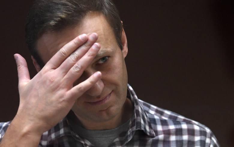 """Rosja: żona i matka Nawalnego odwiedziły go w więzieniu. """"Spłoniecie w piekle"""", napisała o lekarzach matka opozycjonisty"""