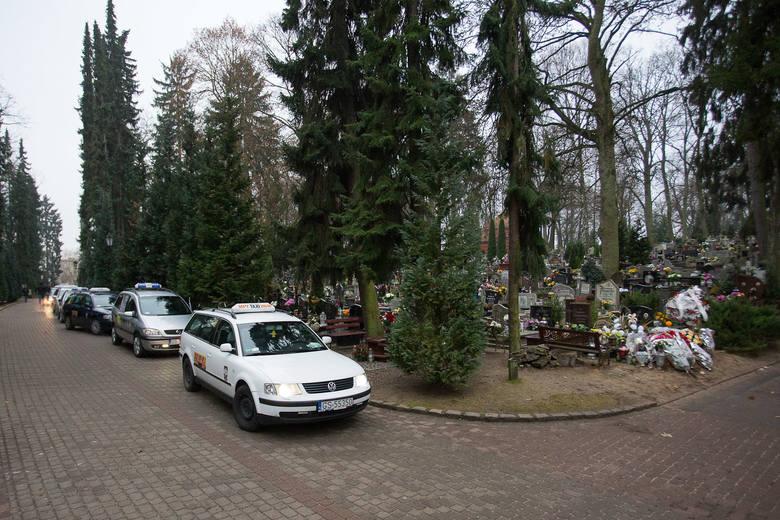 Taksówkarze ze Słupska pożegnali zabitego kolegę