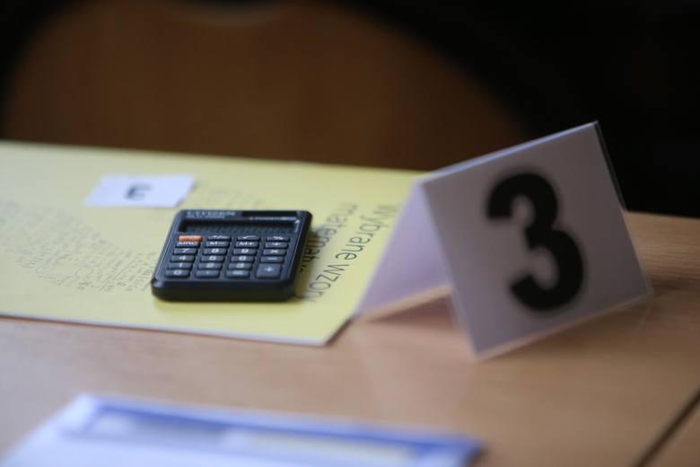 Matura 2019. Matematyka - co będzie na matematyce? Kiedy opublikowane zostaną arkusze CKE?