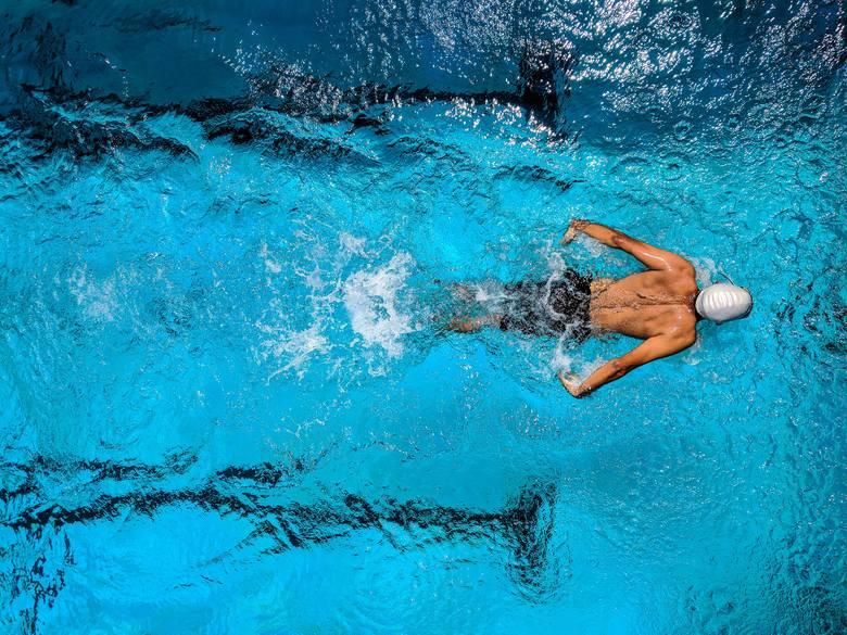 Od 12 lutego warunkowo otwarte zostały obiekty sportowe na wolnym powietrzu, a także kryte baseny. Mogą one funkcjonować bez większych ograniczeń, nic
