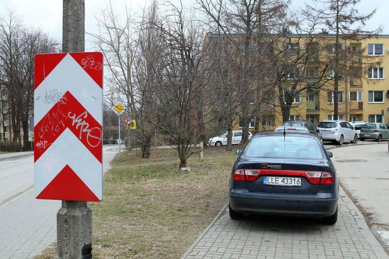 Kierowcy dostaną dodatkowe miejsca parkingowe. Nowa inwestycja na Wieniawie. Gdzie będzie można zostawić auto?