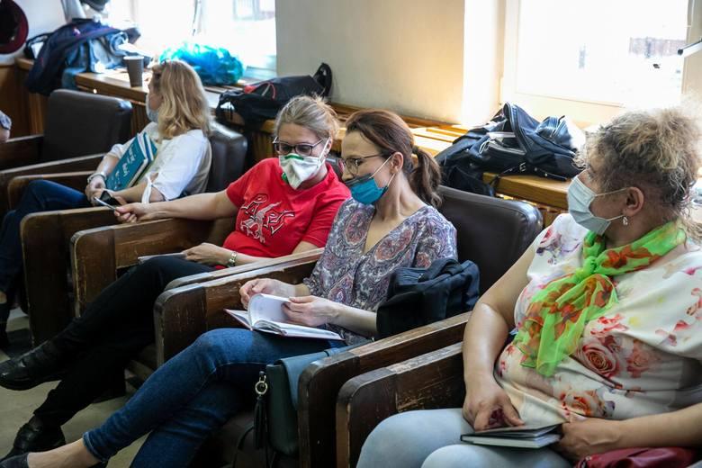 Lekcje prowadzą nawet przy szpitalnym łóżku. Pełni pasji nauczyciele uczą małych pacjentów UDSK