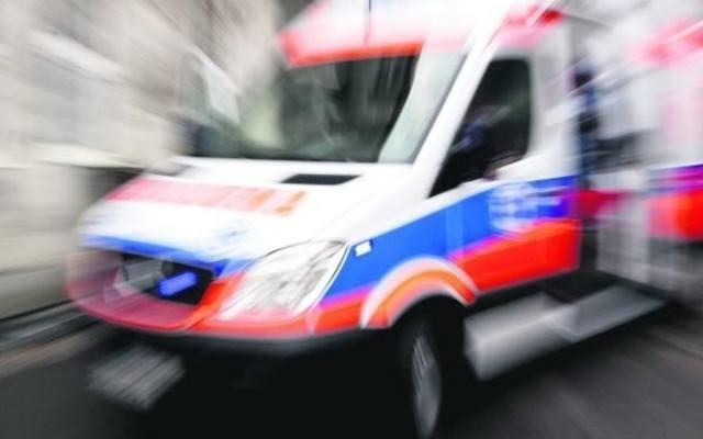 Wypadek w Policach. Jedna osoba ranna. Droga zablokowana