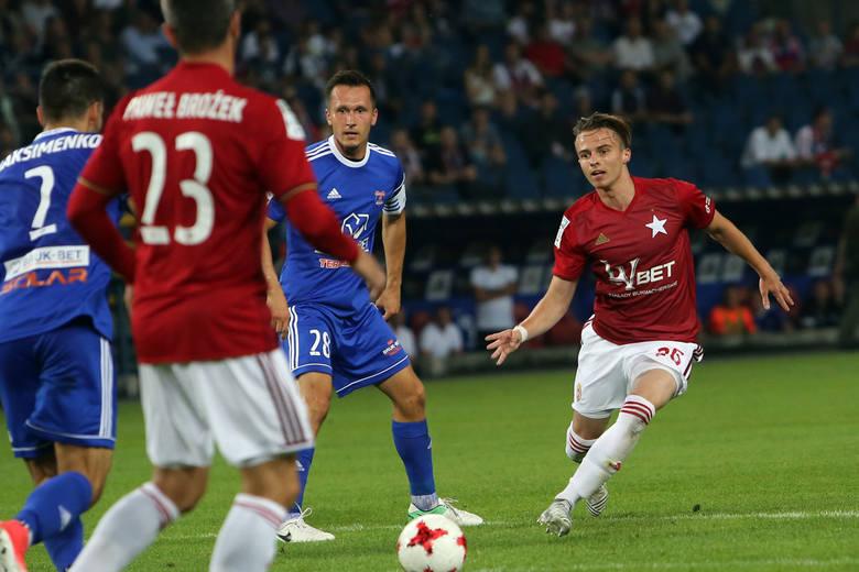 Kamil Kosowski uważa, że to Kamil Wojtkowski powinien być następcą Petara Brleka, który odeszedł z Wisły Kraków do Serie A