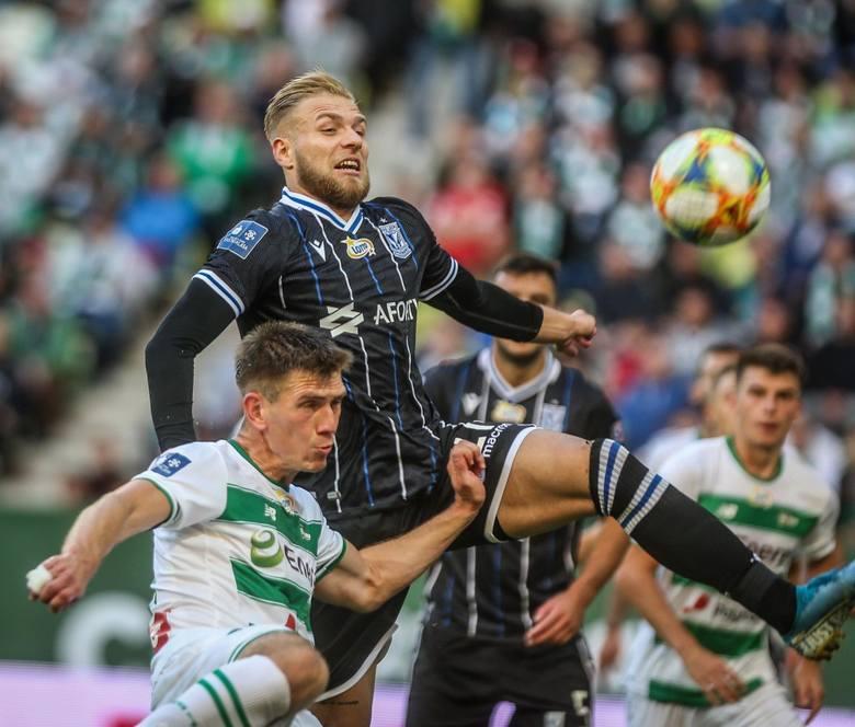 Lech Poznań poniósł w Gdańsku drugą z rzędu porażkę. Powodów do optymizmu po tym meczu nie ma zbyt wielu. Oto 5 wniosków po sobotnim spotkaniu ---&a