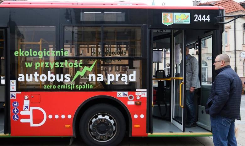 W pierwszych 11 miesiącach 2020 r. największy udział w polskim eksporcie autobusów elektrycznych miały Niemcy i Włochy.