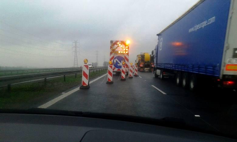Zamknięto już jezdnię autostrady A4 w pobliżu granicy województwa dolnośląskiego i opolskiego. Przypomnijmy, że prace zostaną w tym roku przerwane i