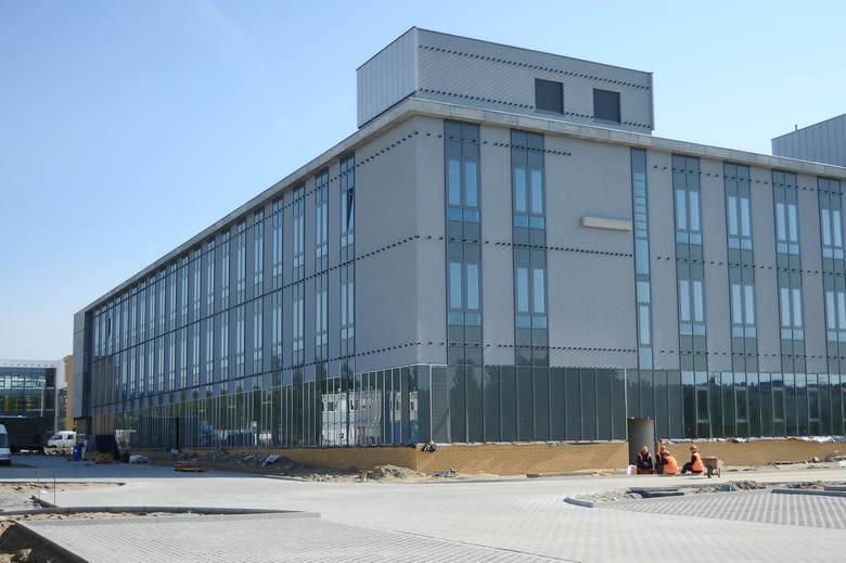 Wydział historii UAM w Poznaniu rośnie na Morasku