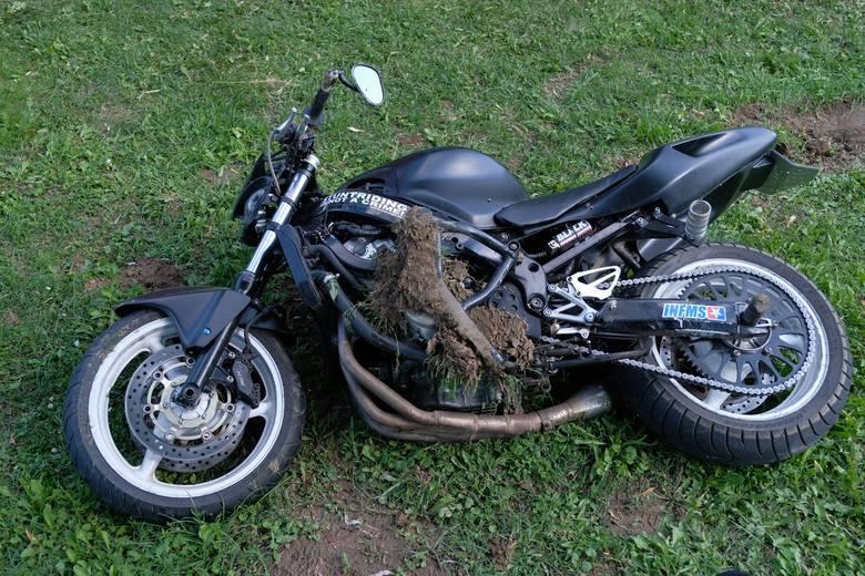 Do wypadku doszło w piątek przed godz. 15 w Orzechowcach w powiecie przemyskim. Kierujący motocyklem zderzył się z toyotą. Motocyklista doznał poważnego