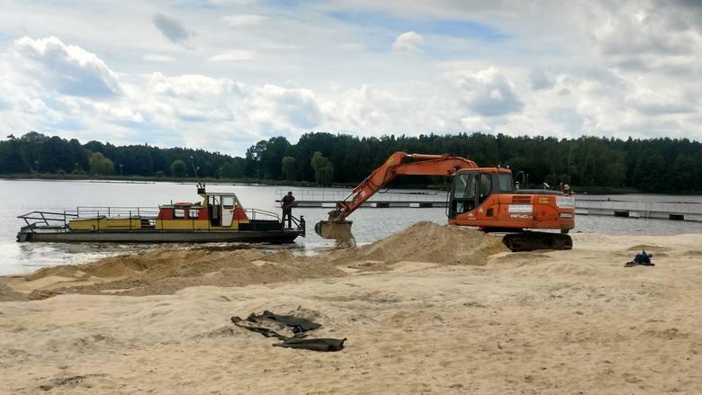 Nad Zalewem w Blachowni powstaje nowa plaża Zobacz kolejne zdjęcia. Przesuwaj zdjęcia w prawo - naciśnij strzałkę lub przycisk NASTĘPNE