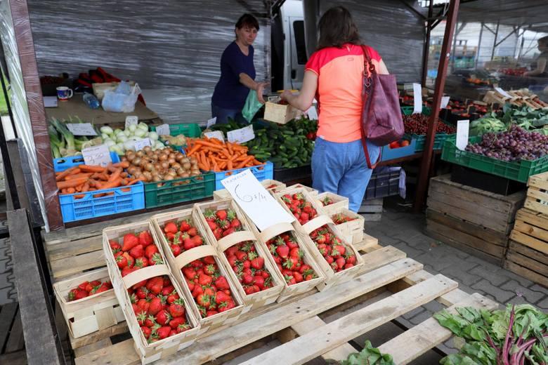Od ubiegłego roku ceny żywności i napojów bezalkoholowych wzrosły przeciętnie o 6,3 proc. Warzywa zdrożały znacznie bardziej
