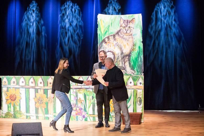 Wlazł kotek na płotek, czyli najmłodsi artyści na scenie [ZDJĘCIA]