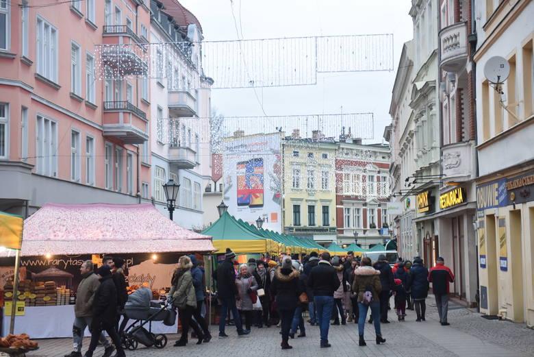 Co z tegorocznym jarmarkiem bożonarodzeniowym, miejską wigilią i sylwestrem pod chmurką w Zielonej Górze? Czy w czasie pandemii będą w ogóle organizowane?