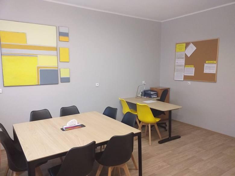 W budynku Punktu Pomocy Kryzysowej można uzyskać pomoc w bardzo wielu sprawach - począwszy od konsultacji ws. problemów wychowawczych, skończywszy na