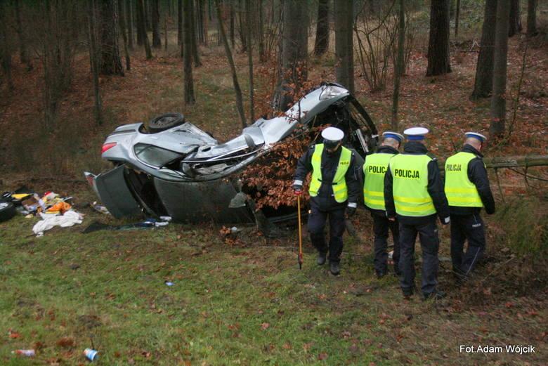 Wypadek śmiertelny w Przydargini na krajowej 11 [zdjęcia]