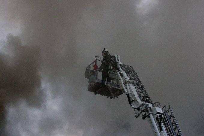 [zdjęcia] Pożar kamienicy w Ciechocinku