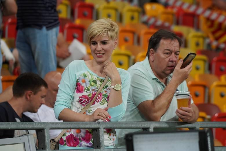 Na Stadionie Miejskim jest najpiękniej w całej w Polsce? To duża zasługa Pań, które regularnie pojawiają się na meczach Jagiellonii. Kibicki, hostessy