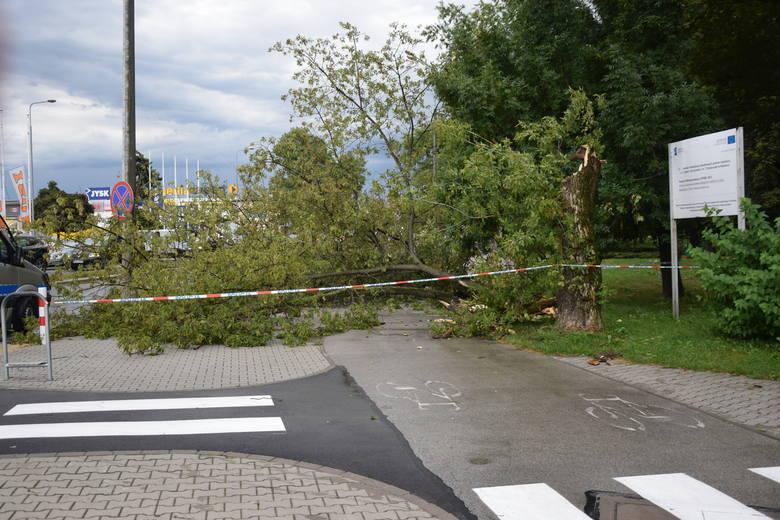 Nad regionem radomskim przeszła burza. Zobacz zdjęcia, które nadesłali nam internauci!