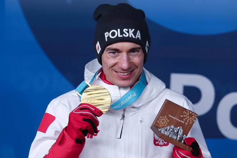 Na medal olimpijski podczas zimowych igrzysk polscy sportowcy czekali do 1964 roku. Do tej pory zdobyliśmy 22 krążki, z czego 18 już w XXI wieku. Zobacz