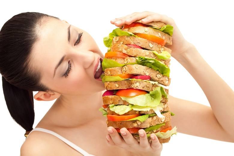 """Odczuwanie głodu i sytości jest regulowane przez neuroprzekaźniki, potocznie nazywane hormonami, m.in. leptynę (""""hormon sytości"""") i grelinę (""""hormon"""