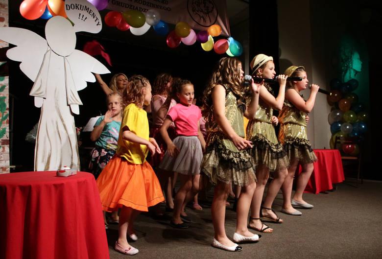 Podopieczni, wychowankowie, całe grono Centrum Pomocy Dziecku i Poradnictwa Rodzinnego w Grudziądzu oraz przyjaciele tej placówki świętowali  w środę