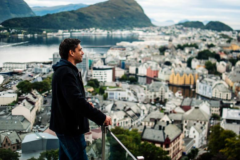 Erik podczas zeszłorocznej wyprawy do Ålesund w Norwegii