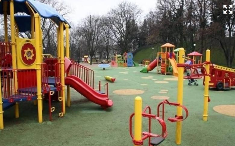 Gmina Mały Płock z dofinansowaniem wybudujeplac zabaww miejscowościKorzeniste