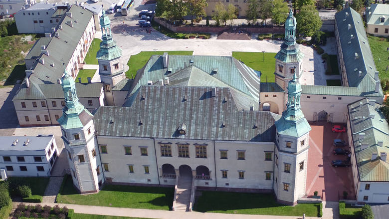 Tajemnice naszych zamków - Pałac Biskupów Krakowskich w Kielcach [WIDEO]