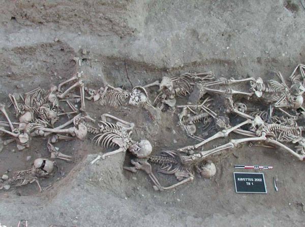 1346 r. –1352 r. CZARNA ŚMIERĆEpidemia dżumy, która wybuchła w średniowiecznej Europie i była jedną z najtragiczniejszych w historii. Rozpoczęła się