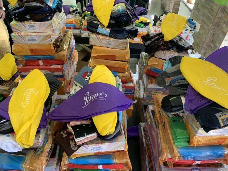 W Dzień Dziecka zawieźli prezenty dla dzieci z łódzkich Domów Dziecka Politycy i społecznicy
