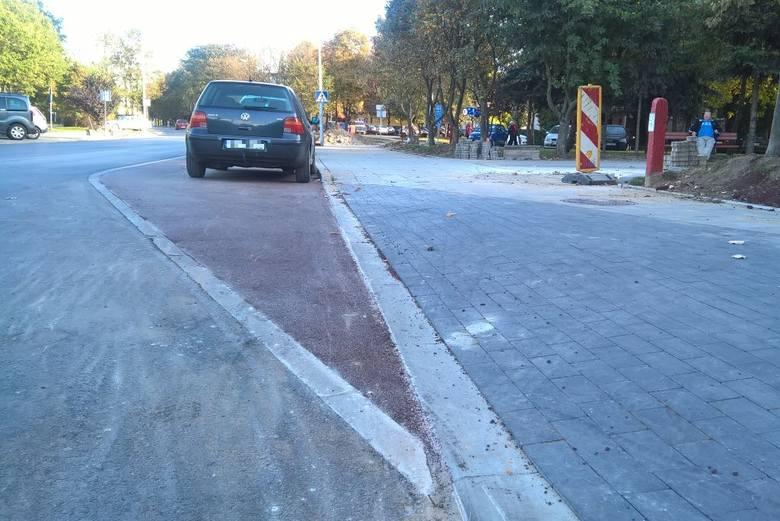 Ul. Chrobrego. Ścieżka rowerowa budzi wielkie emocje (zdjęcia)