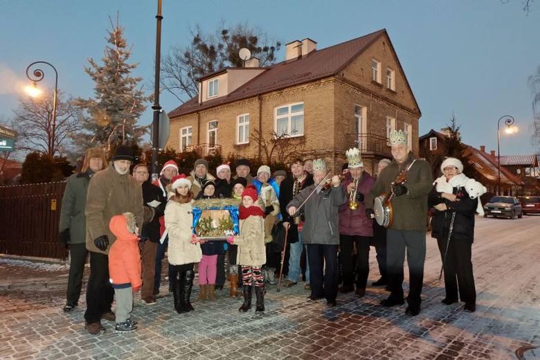 Mieszkańcy Bojar kolędowali wspólnie jak za dawnych czasów (zdjęcia)