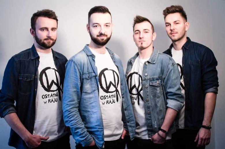 Ostatni w Raju, 17:45-18:15To grupa czterech muzyków, którzy w 2013 roku postanowili stworzyć zespół. Na początku zespół grał muzykę rockową z elementami