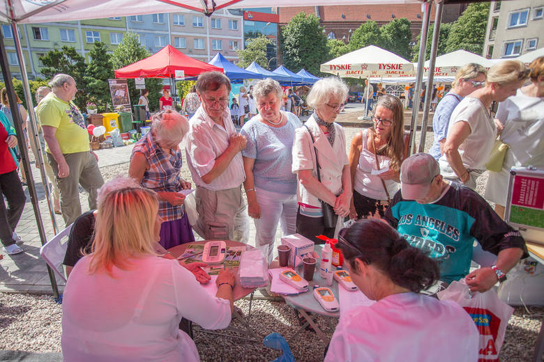 W sobotę na Starym Rynku odbył się Ekologiczny piknik z PGM. Od godz. 9. było między innymi oznakować rower. O godz. 11 zaśpiewały Alebabki. Potem odbyły