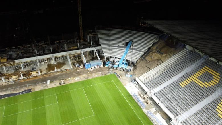 Nowe oświetlenie na stadionie Pogoni Szczecin